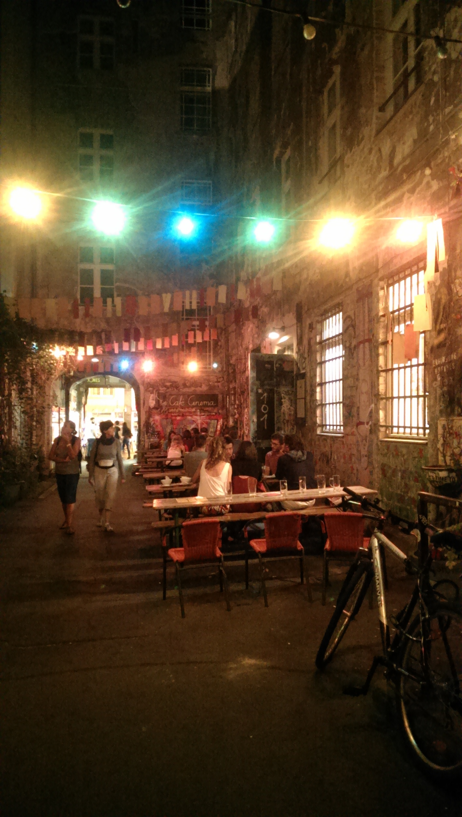 Cafe Cinema Hackescher Markt