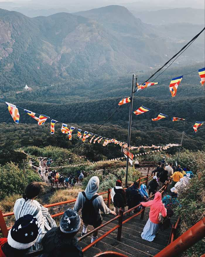 Adams-Peak-Sri-Lanka-Abstieg