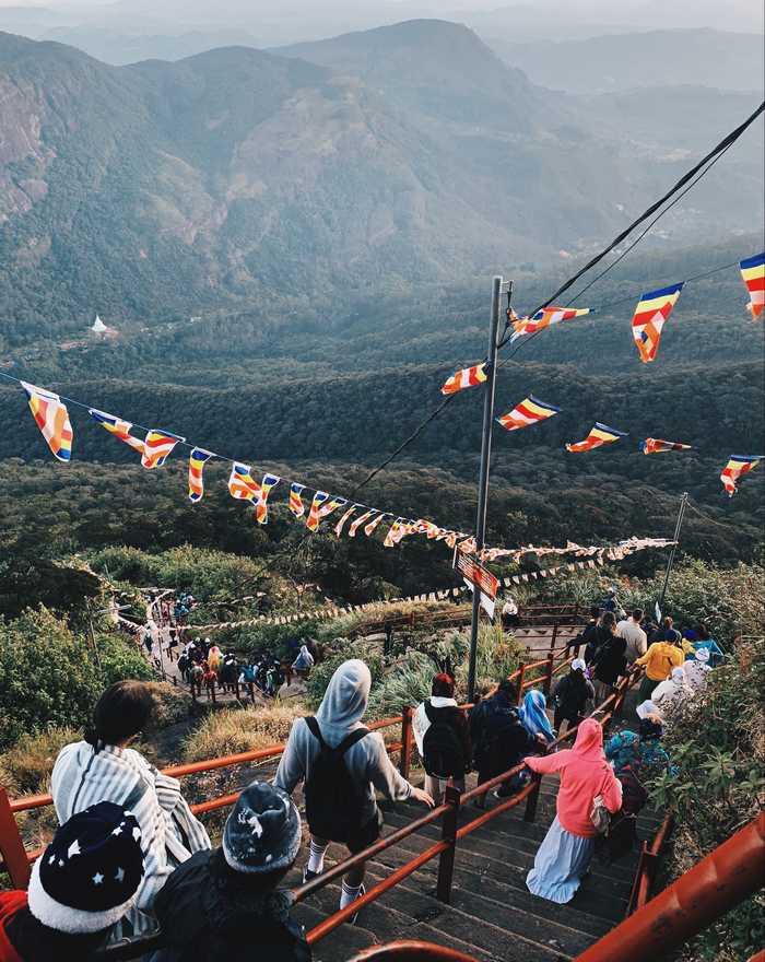 Adams-Peak-Sri-Lanka-Abstieg