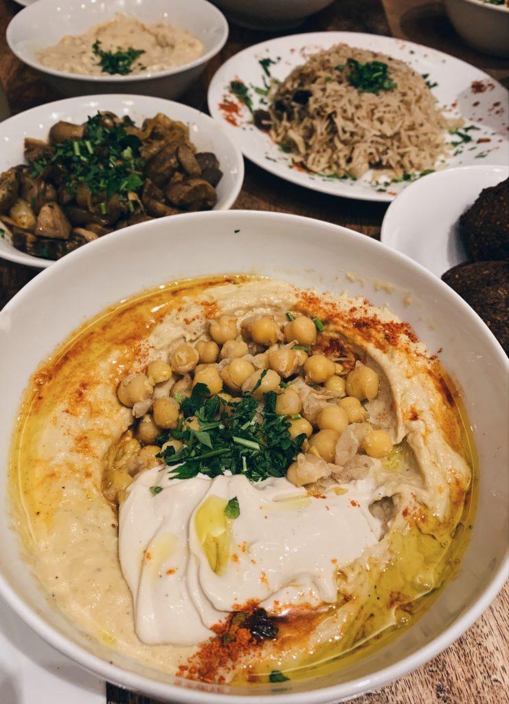 Feinbergs Hummus in Berlin
