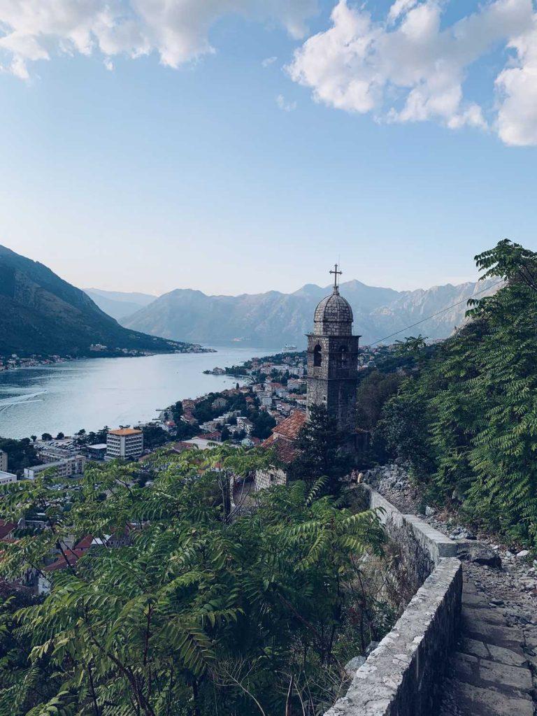 Kotor Stadtmauern Montenegro Roadtrip