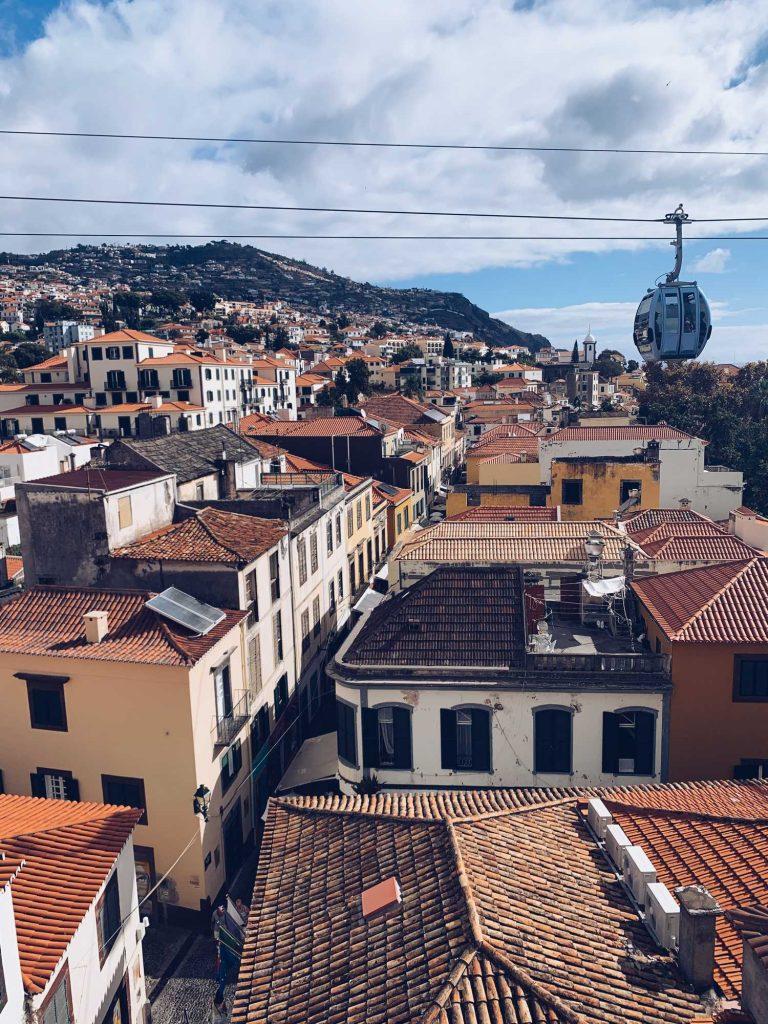 Madeira Funchal Dachterrasse Seilbahn
