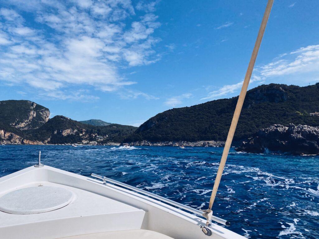Paleokastritsa Bootfahren Korfu Griechenland